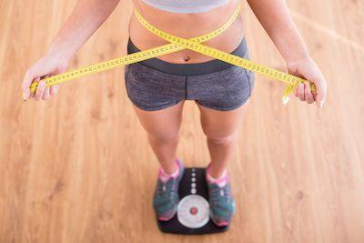 Welches Fitnessgerät hilft beim Abnehmen